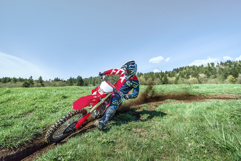 19 Honda CRF450X_Action_6.jpg