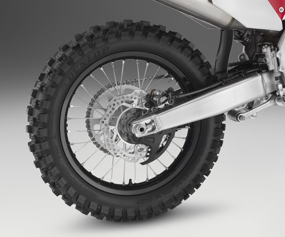 19 Honda CRF450X_rear wheel.jpg