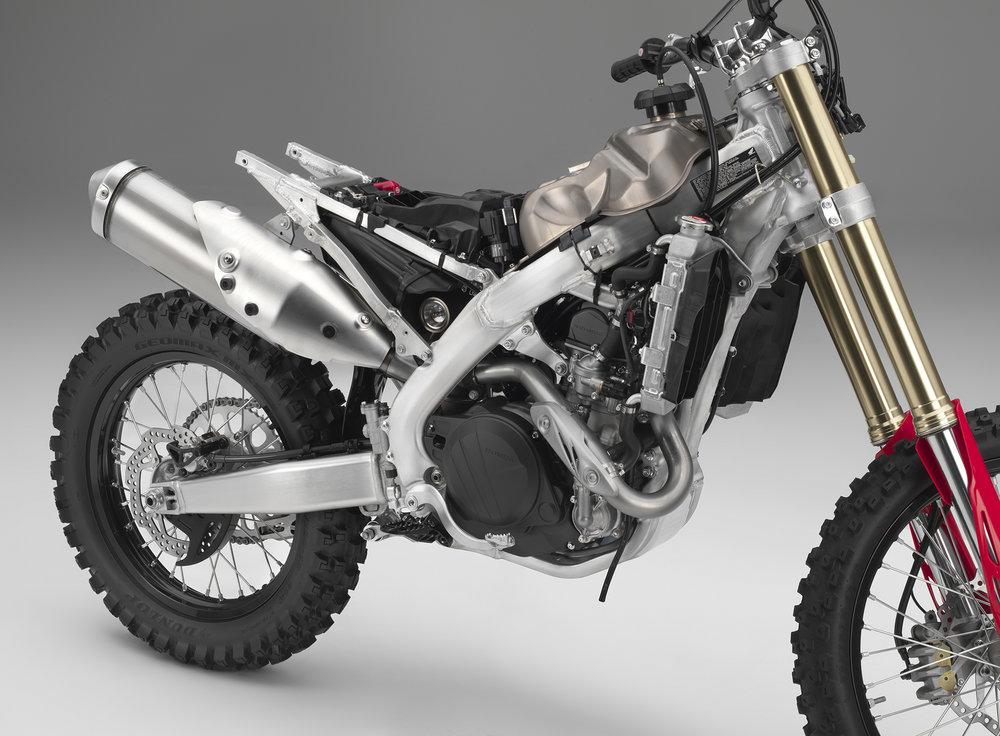 19 Honda CRF450X_frame R.jpg