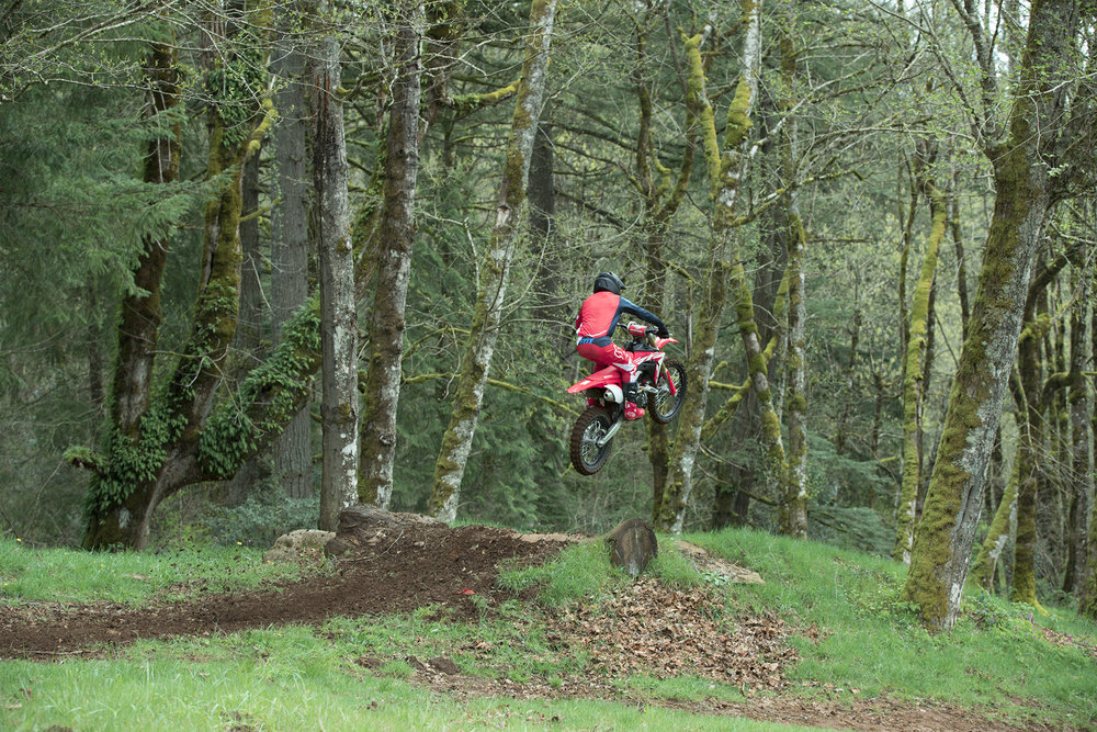 19 Honda CRF450RX_Action_11.jpg