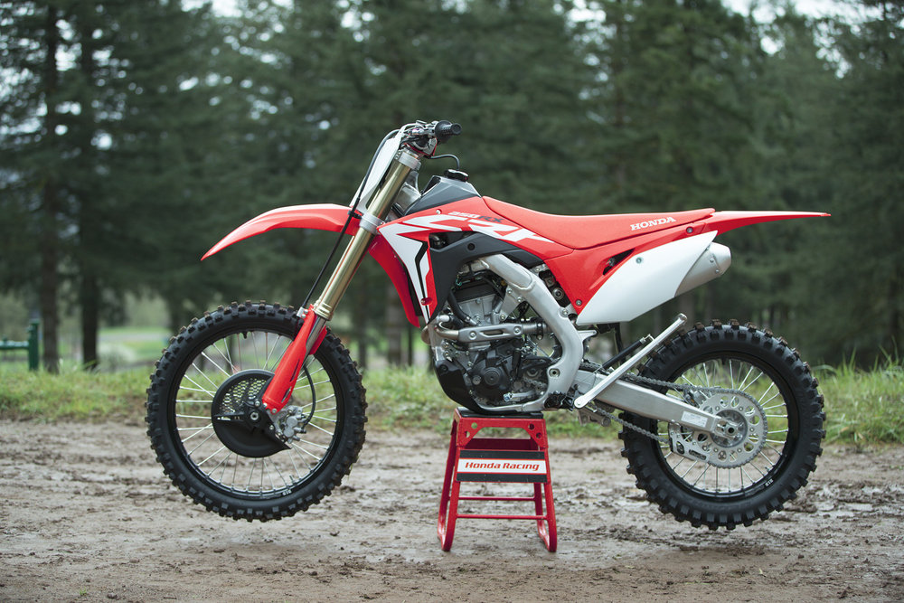 19 Honda CRF250RX_Beauty_1.jpg