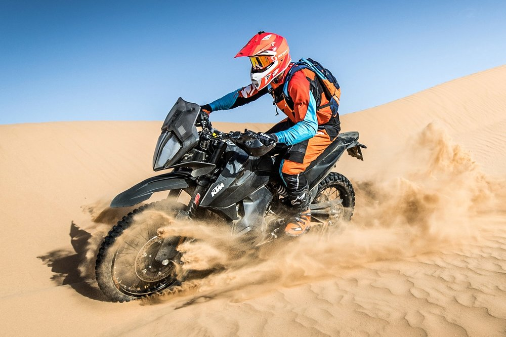 KTM+Ultimate+Race_790+ADVENTURE+R_01.jpg