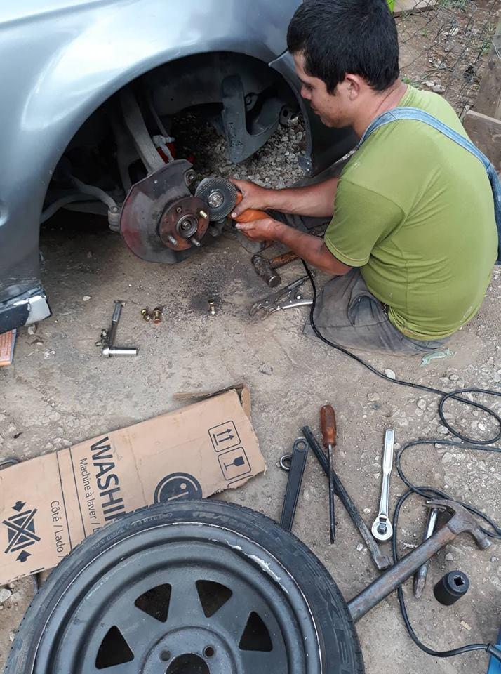 fixingcars.jpg