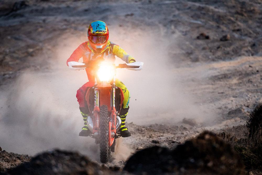 Leatt2019-MotoGPX_56251-ChristophLaue.jpg