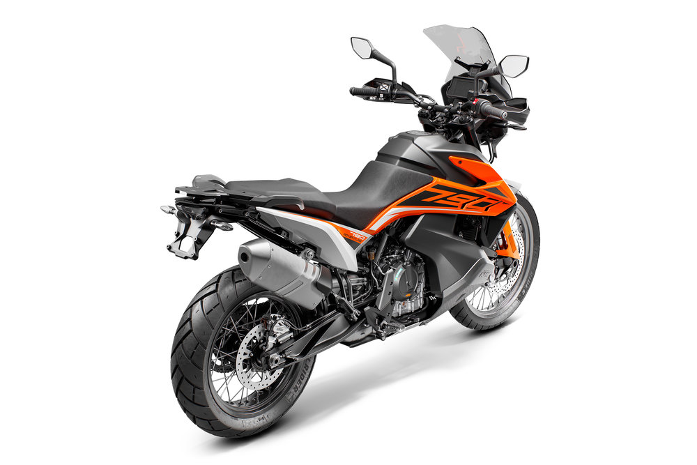 KTM 790 ADVENTURE_Orange MY19_re-ri.jpg