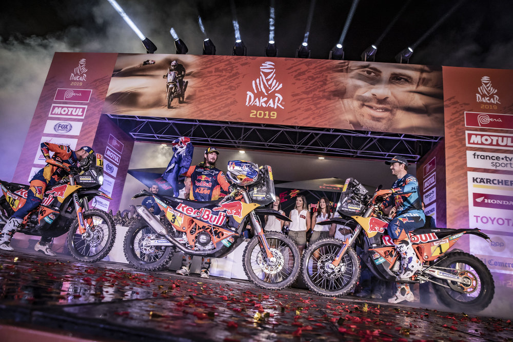 263411_misc_finish_Red Bull KTM Factory Racing_Dakar2019_485.jpg