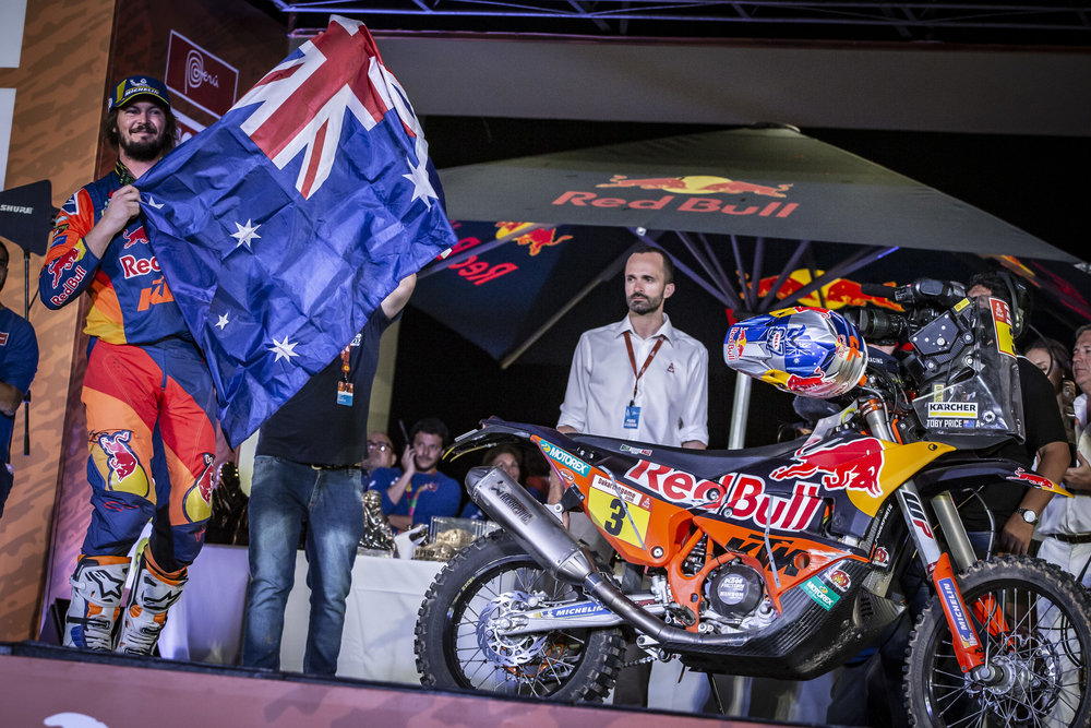 263422_toby.price_finish_Red Bull KTM Factory Racing_Dakar2019_499.jpg