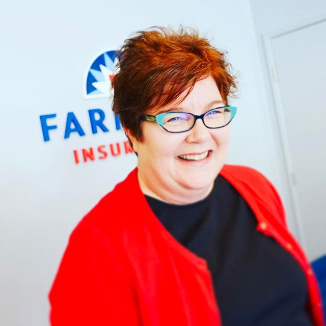Happy #Tuesday from #ruthstroup🚗 #heyinsurancelady in #Oakland  #farmersagent #bestofoakland2016 #agents