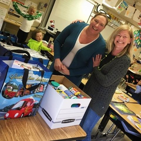 Happy to deliver school supplies to #Thornhill elementary school this week! Supporting #kids and #teachers in #Oakland is what we love! #ruthstroup🚗 #heyinsurancelady