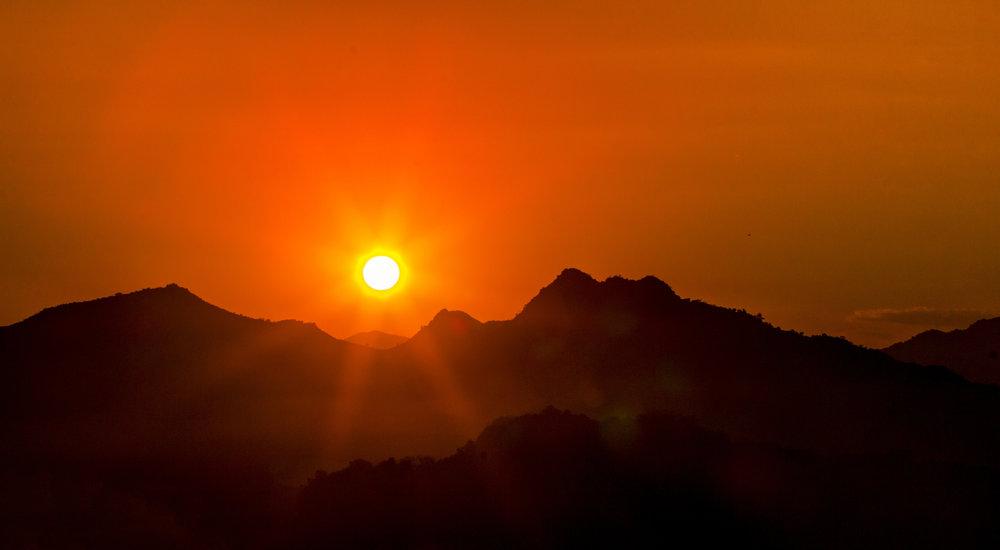 luang prabang sunset laos