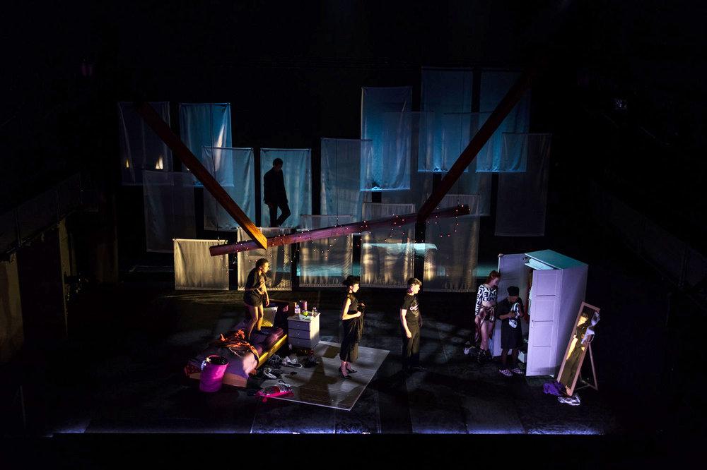National+Theatre-New+Views-+Dead+Don't+Floss_Dan+Weill+Photography-47 (1).jpg