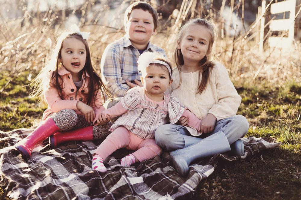 Mount Joy family photographer