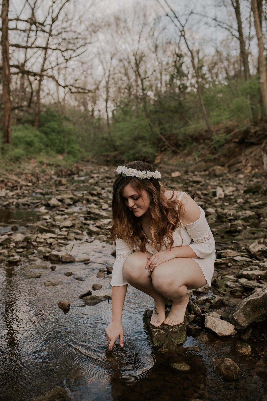 Haley-Senior-Session-Kansas-City-Jesse-Salter-Photography-2.jpg