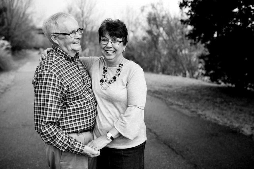 _eChristinaPazPhotography_Henderson Family_Denny & Linda-1.jpg