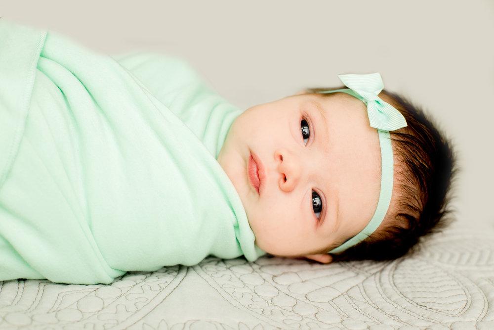 ChristinaPazPhotography_ Nikki O'Brien_Iris Newborn Session_36.jpg