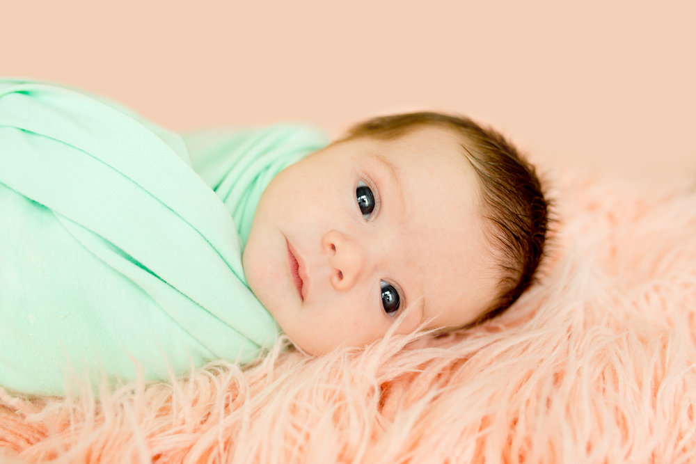 ChristinaPazPhotography_ Nikki O'Brien_Iris Newborn Session_7_e2.jpg