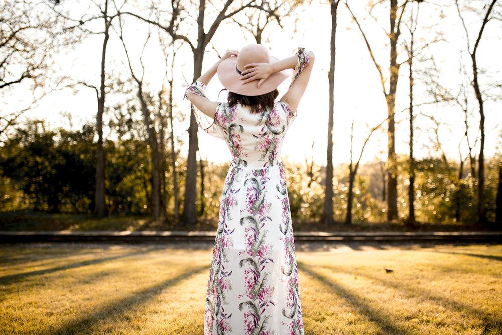 Christina Paz Photography_Merritt Spring Senior Session 2018_blog post_3.jpg