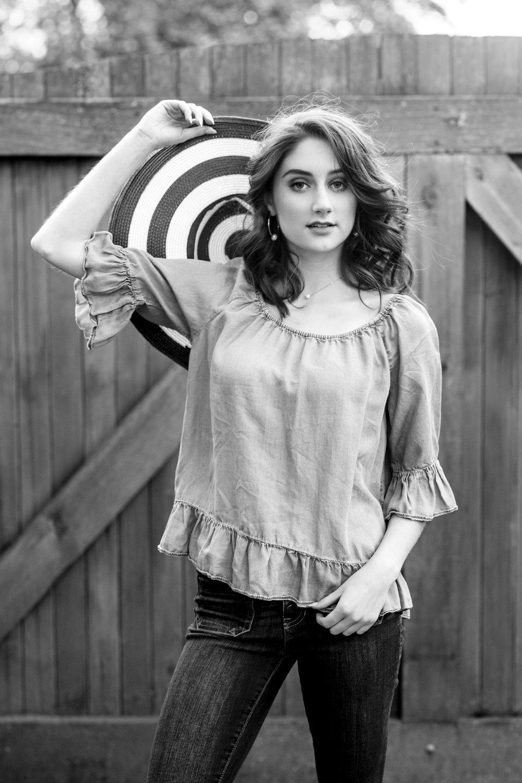 Christina Paz Photography_Merritt Spring Senior Session 2018_blog post_18.jpg