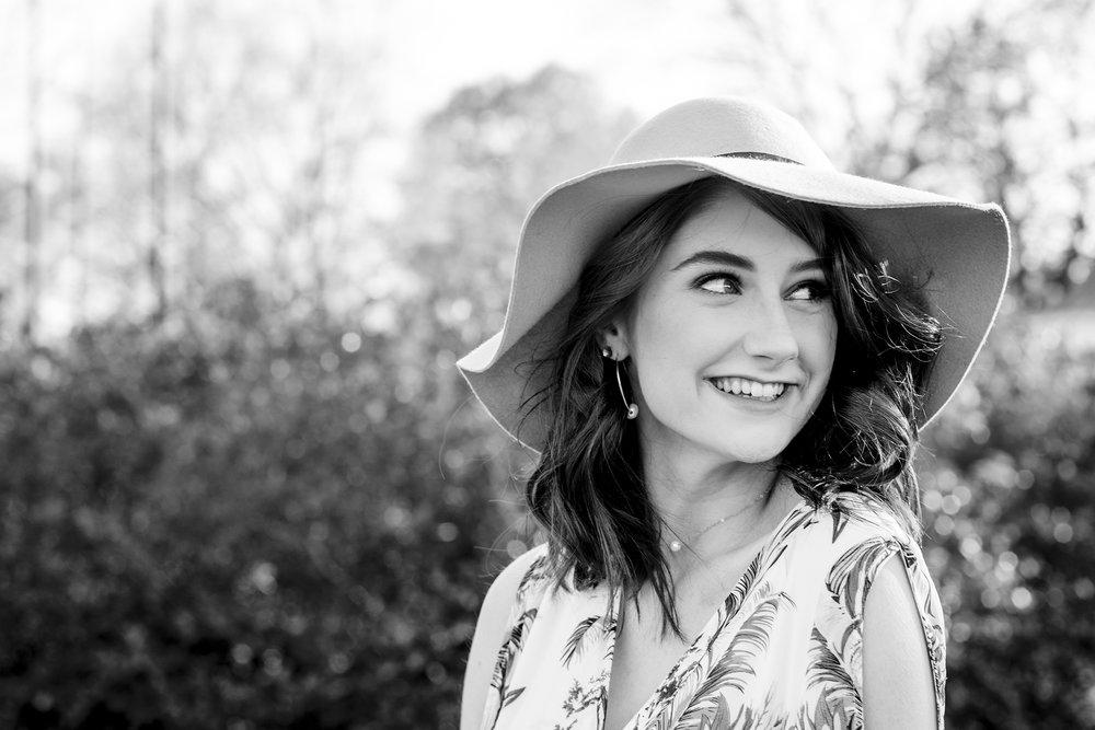 Christina Paz Photography_Merritt Spring Senior Session 2018_blog post_19.jpg