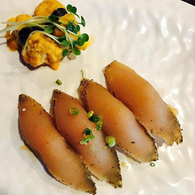 Sea urchin (Uni) & Albacore tuna🍣🍣 #longbeach #marumakisushi #sushi#lunch#fresh#yummy#sea#downtown#sasimi#happy#food#resraurant