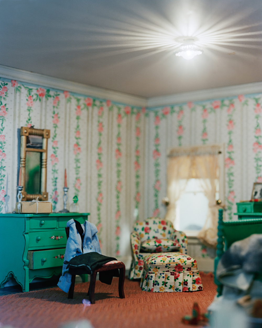Stripped Bedroom (light)