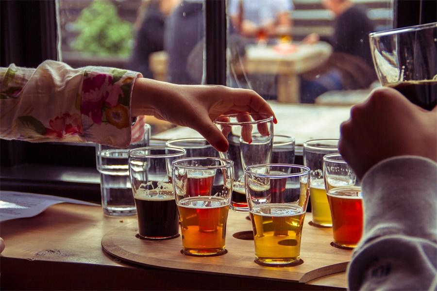 Beer smapling.jpg