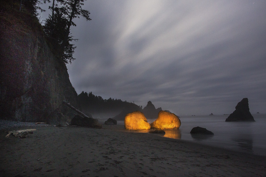Thomas Wheeler, BOULDERS AT RUBY BEACH 4AM (2-16)