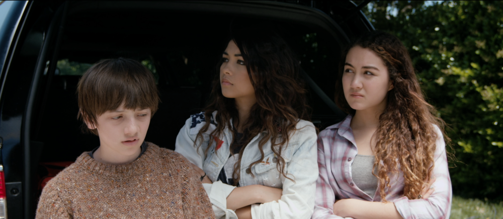 Cade Cannon Ball, Lulu Antariksa & Meg Kelley- Side Effects