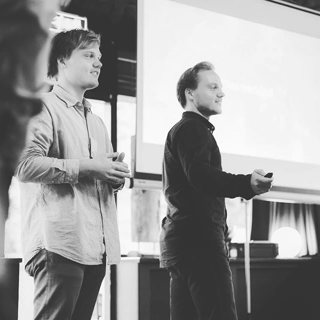"""Sharing the FJ story with fellow entrepreneurs. Talking about our insights to """"hack"""" your own business! #fjtribes #scalingup #fjpic #leiden #presentation"""