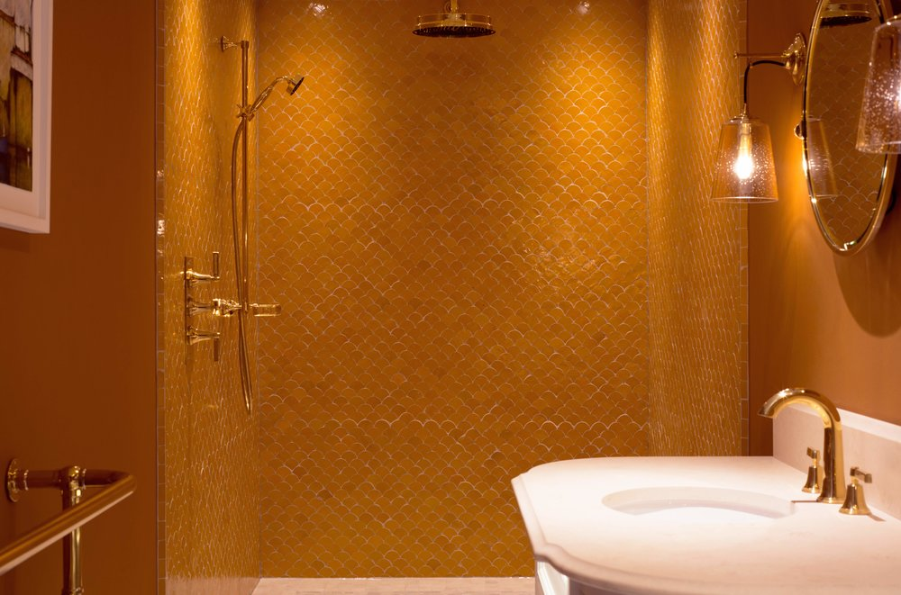 WEB-ORANGE-BATHROOM-3.jpg