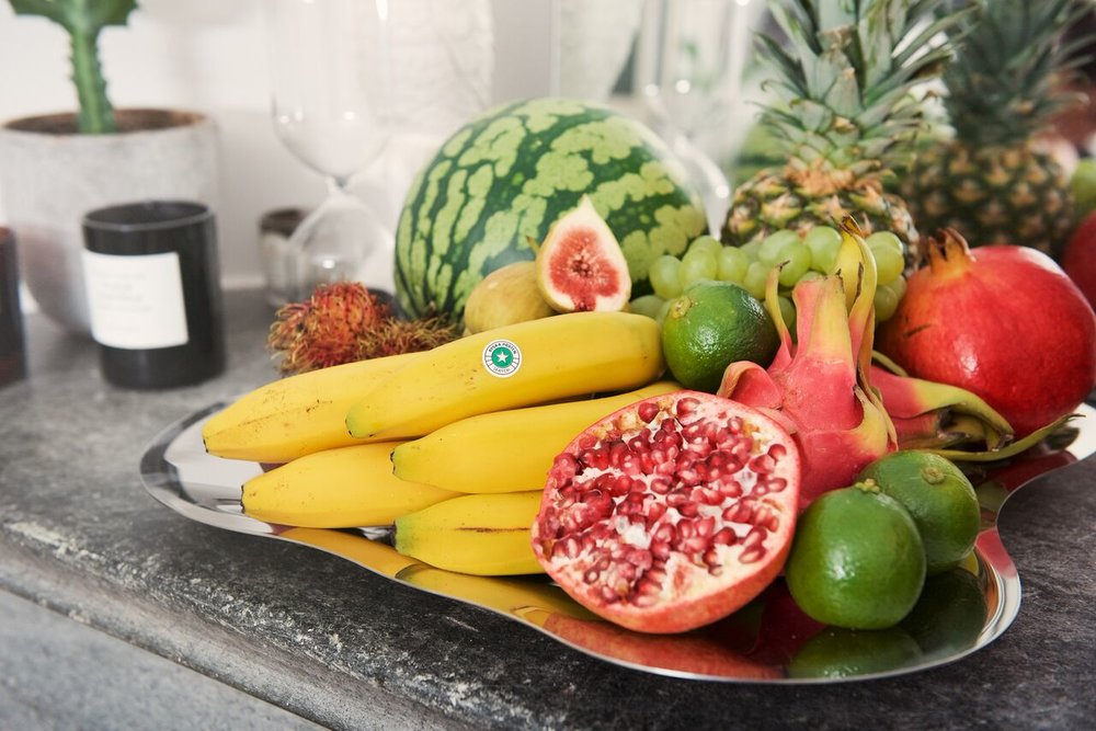 Fräscht säsongsbetonat fruktfat.