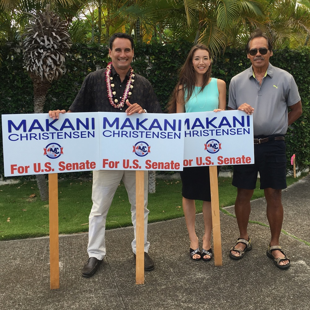 Sign Waving Aina Haina.JPG