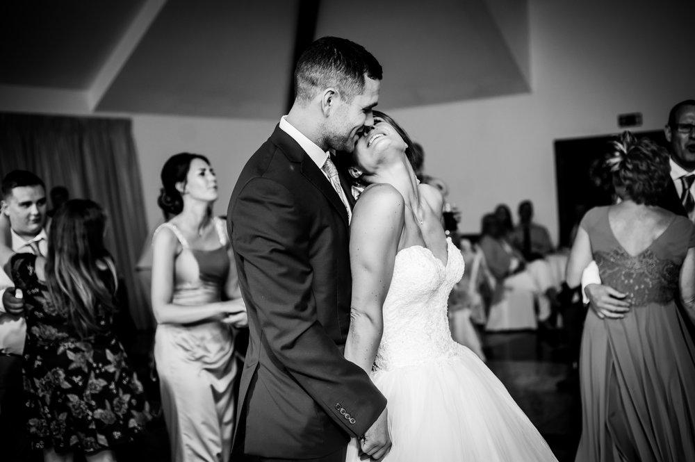 Mr & Mrs Hobbs-516.jpg