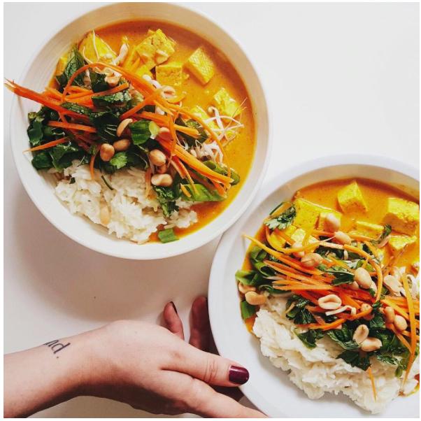Gelbes Curry mit Tofu