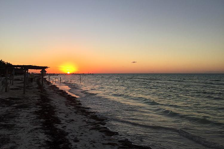 Traumhafte Sonnenuntergänge Holbox