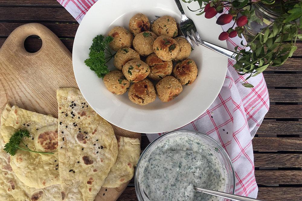 Gesunde Falafel mit Lupinen-Dip Rezept