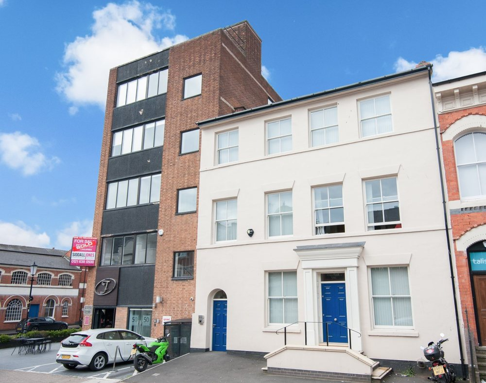 "Frederick Street, City Centre, Birmingham, B1<br><div class=""priceright"">£40 a month</div>"