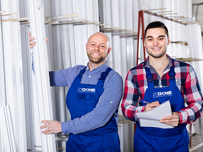 Produkcja okien - Poszukujemy pracowników do produkcji okien.Realizowanie zleceń produkcyjnych. Obsługa maszyn i urządzeń.