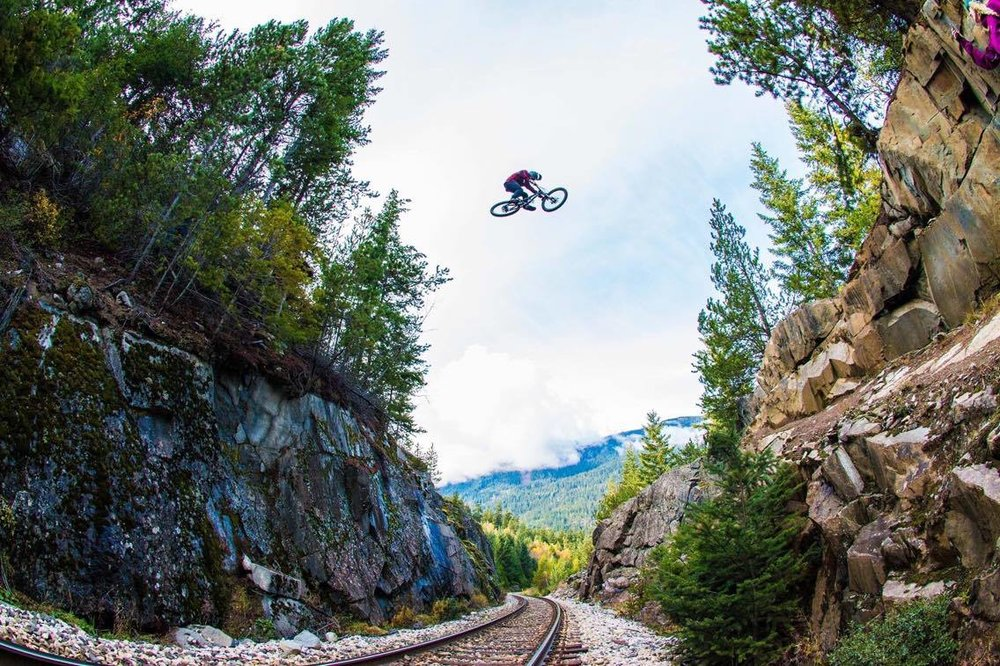 dylan-layzell-mountainbike-whistler-traingap