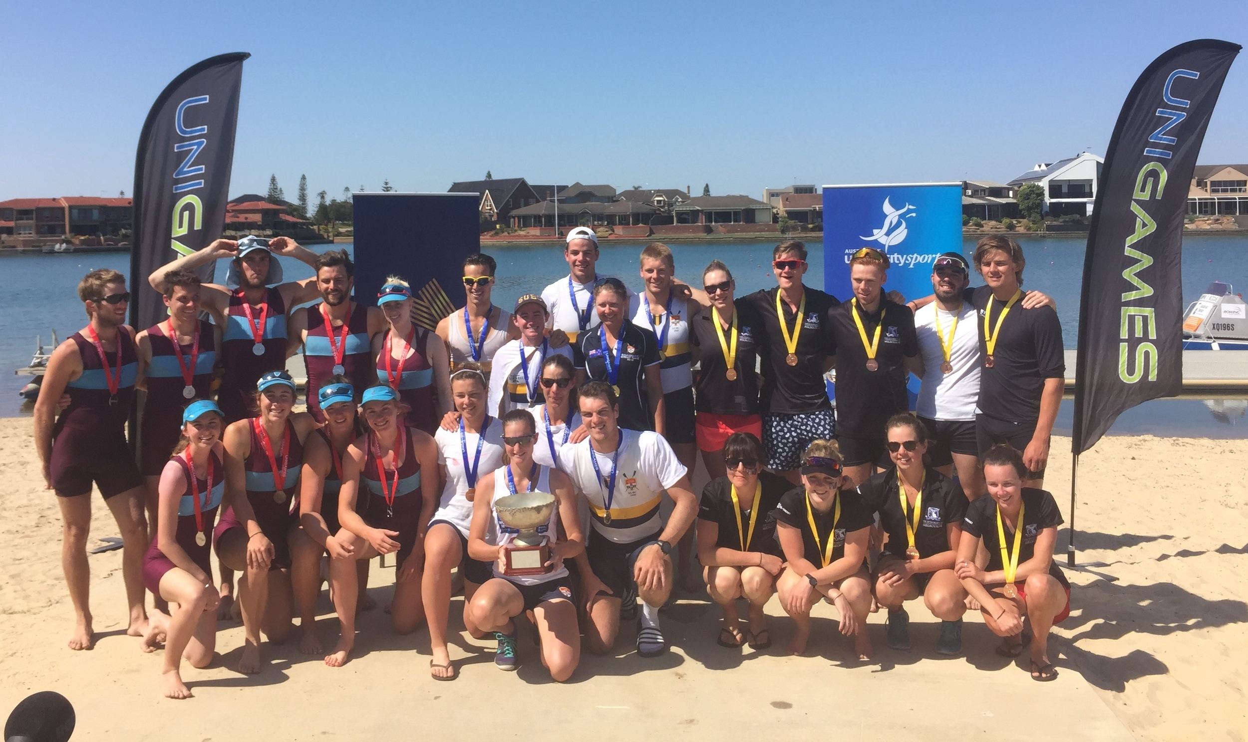 Miexed Eights Podium 2015