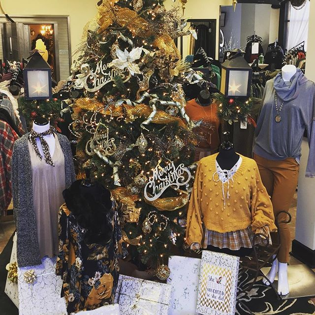 We ❤️ Christmas and the store is all decorated. Come see us this weekend, Santa will be here Saturday from 11 until 1. #buford #marisajillsboutique #southernsupermodel #marisajills