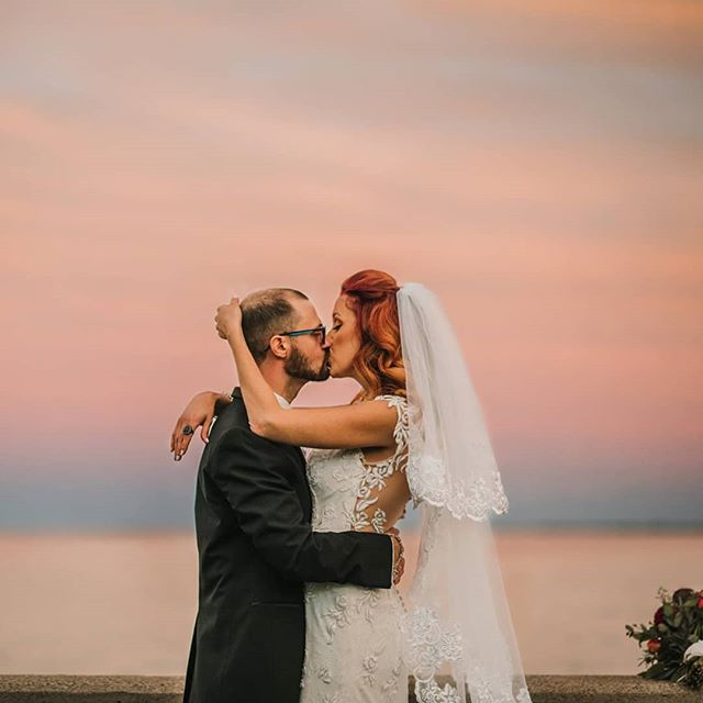 Sunset photos are the best kind of photos. . . . . . #saadwedding2018 #NovaRosePhotography #sterlingheightsphotographer #michiganweddingphotographer #weddingphotographer #detroitphotographer #theknot #michigan #photographybusiness #instagood #gorgeousbride #michiganphotographer #michiganwedding #weddingdress #fatherdaughter #kiss #goldenhour #bestof #puremichigan #wed #creative #sterlingheightsweddingphotographer #detroit #beautifulflorals #bridalbouquet #hourdetroit #Grossepointewarmemorial #walkmedowntheisle