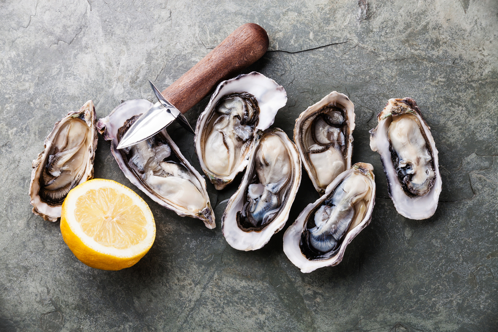 Oysters - shutterstock_306011405.png