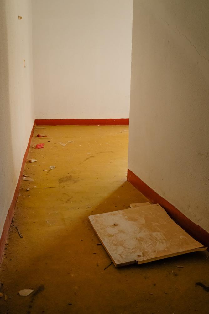 Corner in the corridor.