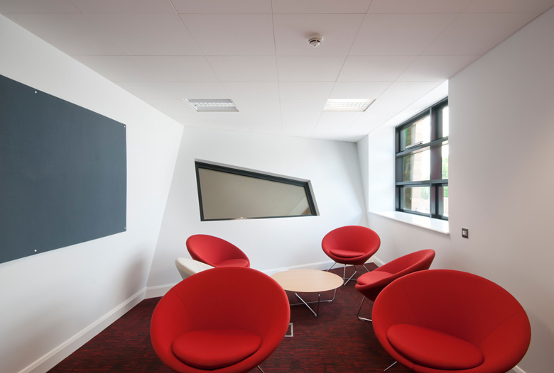 Modern_School_Interior_Design_London.jpg