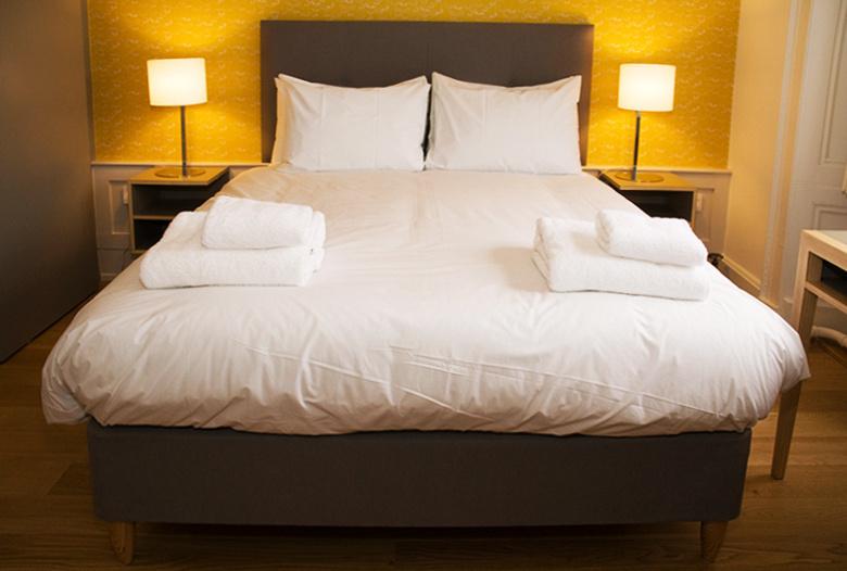 Modern_Hotel_Interior_Design.jpg