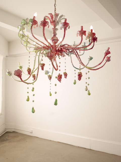 PageImage-488168-4534246-Chandelier_day2.jpg