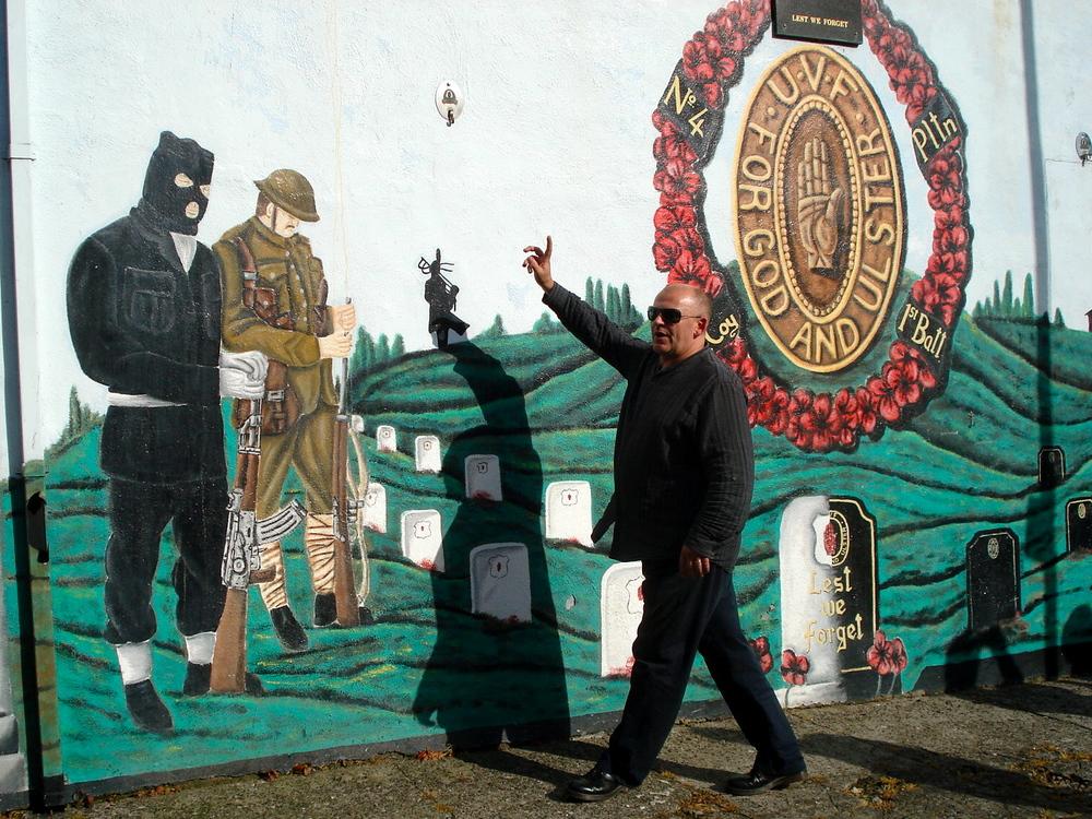 Belfast-Mural1-2011-AB.JPG