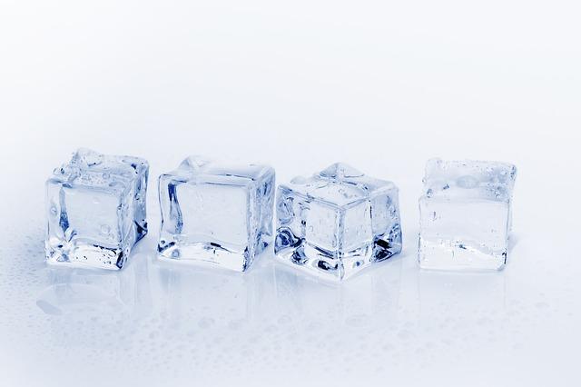 ice-cubes-3506781_640.jpg