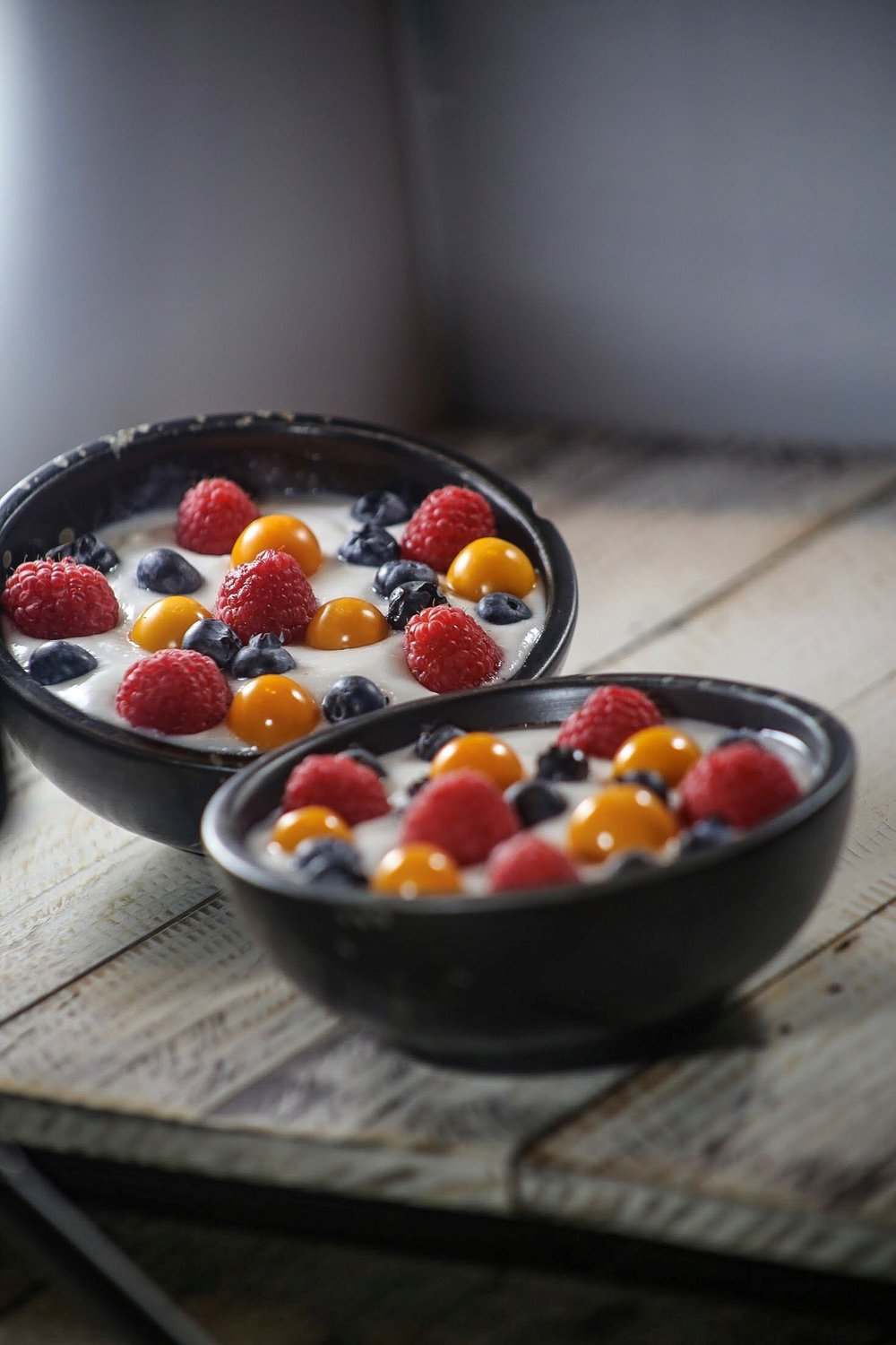 CHIRIMOYA CUSTARD GF, V. Topped with berries